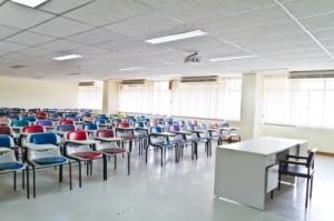 Can anybody afford private schooling anymore - Image courtesy of criminalatt at FreeDigitalPhotos.net